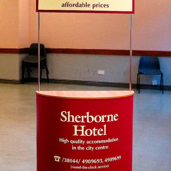 Виготовлення промостійки для «Sherborne Hotel»